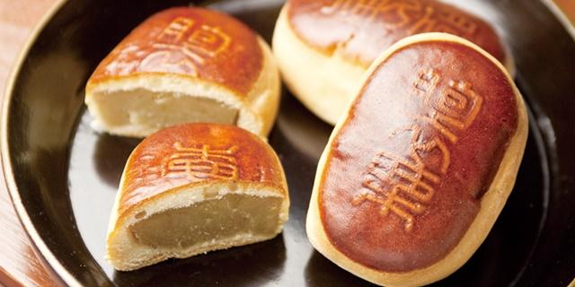 恵那川上屋の饅頭