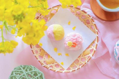 黄色と桃色の練り切り